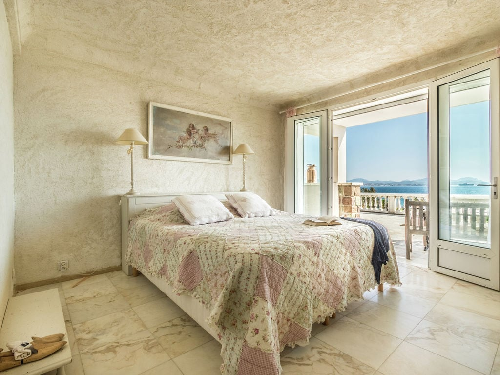 Ferienhaus Luxuriöse Villa in Les Issambres mit Whirlpool (2279330), Les Issambres, Côte d'Azur, Provence - Alpen - Côte d'Azur, Frankreich, Bild 16