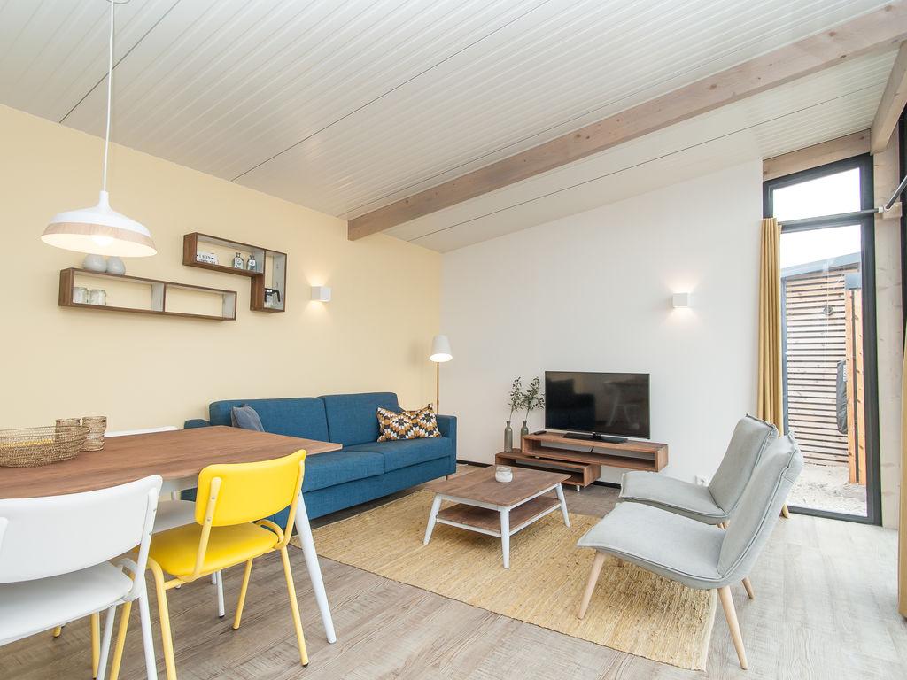 Ferienhaus Komf. Lodge mit Kombi-Mikrowelle, 900 m vom Strand entf. (2284199), Hollum, Ameland, Friesland (NL), Niederlande, Bild 3