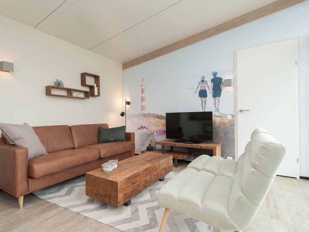Ferienhaus Komf. Lodge mit zwei Badezimmern, 900 m vom Strand entf. (2284194), Hollum, Ameland, Friesland (NL), Niederlande, Bild 4