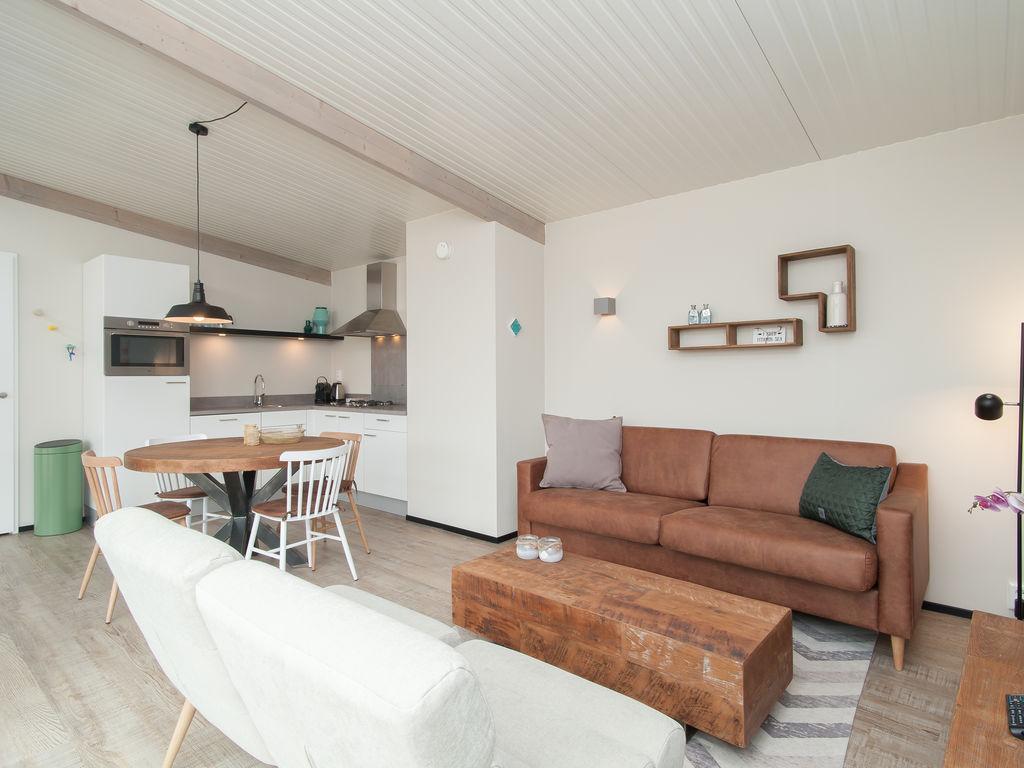 Ferienhaus Komf. Lodge mit zwei Badezimmern, 900 m vom Strand entf. (2284194), Hollum, Ameland, Friesland (NL), Niederlande, Bild 5