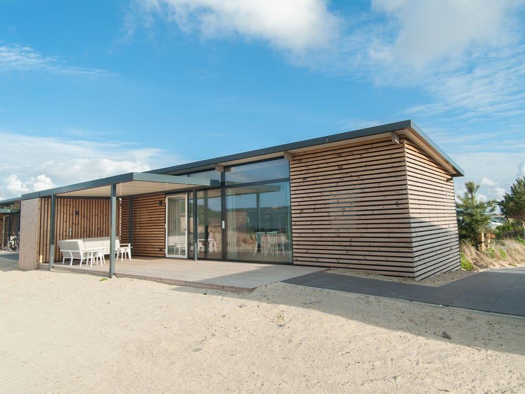 Ferienhaus Komfortable Lodge mit Geschirrsp., 900 m. vom Strand entf. (2284200), Hollum, Ameland, Friesland (NL), Niederlande, Bild 2