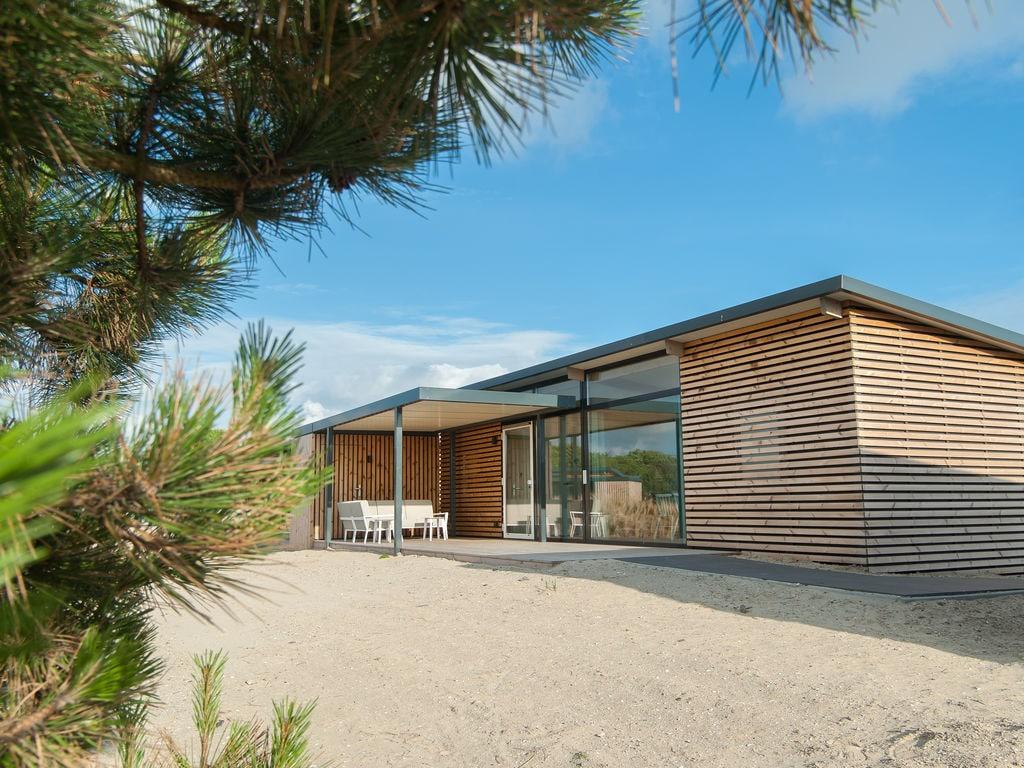 Ferienhaus Komfortable Lodge mit Geschirrsp., 900 m. vom Strand entf. (2284200), Hollum, Ameland, Friesland (NL), Niederlande, Bild 1