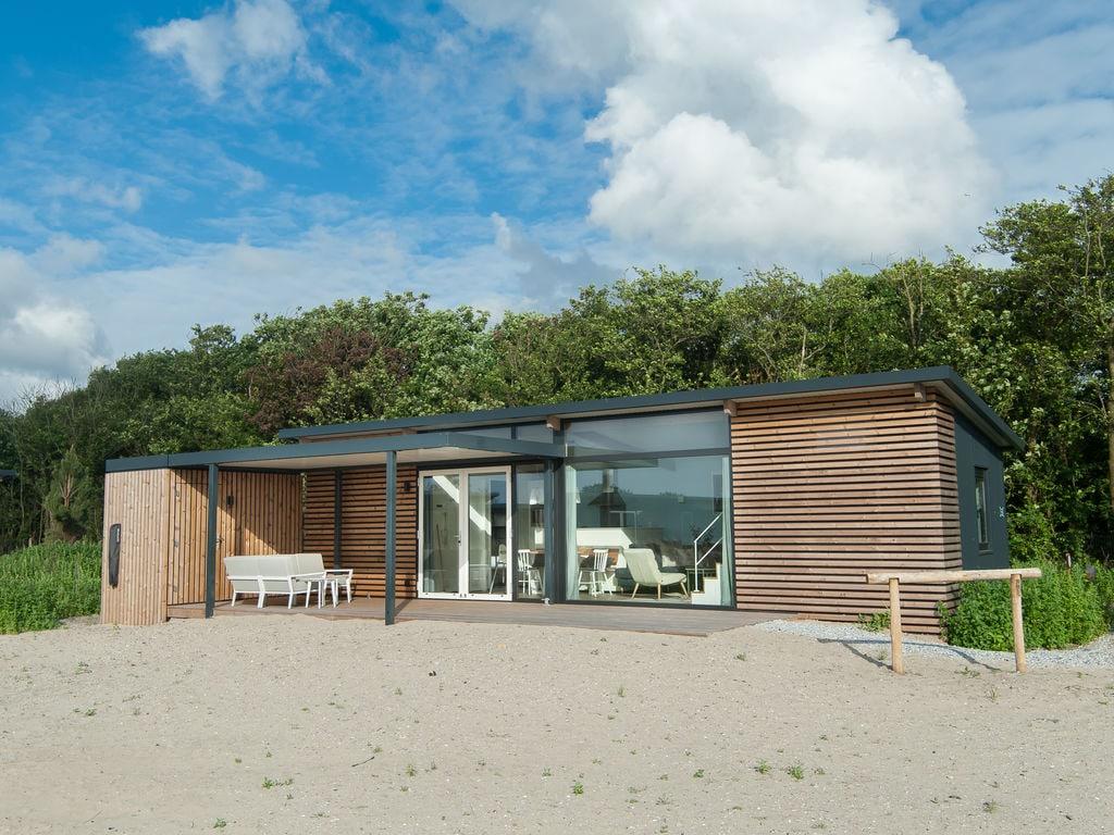 Ferienhaus Komf. Lodge mit Kombi-Mikrowelle, 900 m vom Strand entf. (2284196), Hollum, Ameland, Friesland (NL), Niederlande, Bild 2