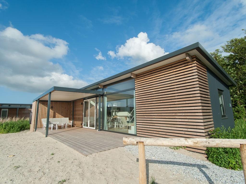 Ferienhaus Komf. Lodge mit Kombi-Mikrowelle, 900 m vom Strand entf. (2284196), Hollum, Ameland, Friesland (NL), Niederlande, Bild 3