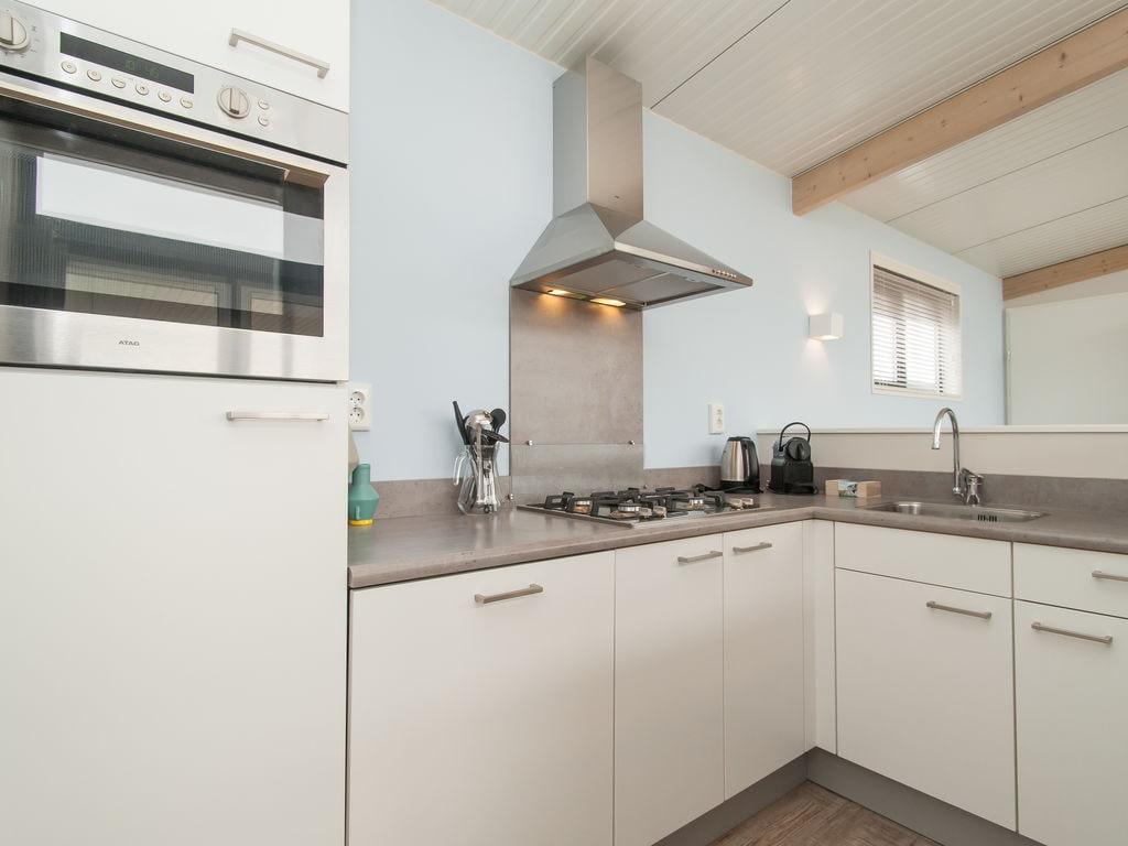 Ferienhaus Komf. Lodge mit Kombi-Mikrowelle, 900 m vom Strand entf. (2284196), Hollum, Ameland, Friesland (NL), Niederlande, Bild 13