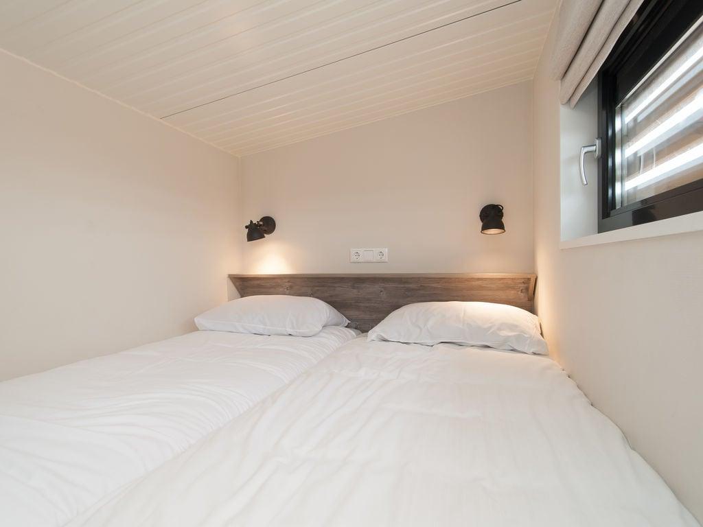 Ferienhaus Komf. Lodge mit Kombi-Mikrowelle, 900 m vom Strand entf. (2284196), Hollum, Ameland, Friesland (NL), Niederlande, Bild 17