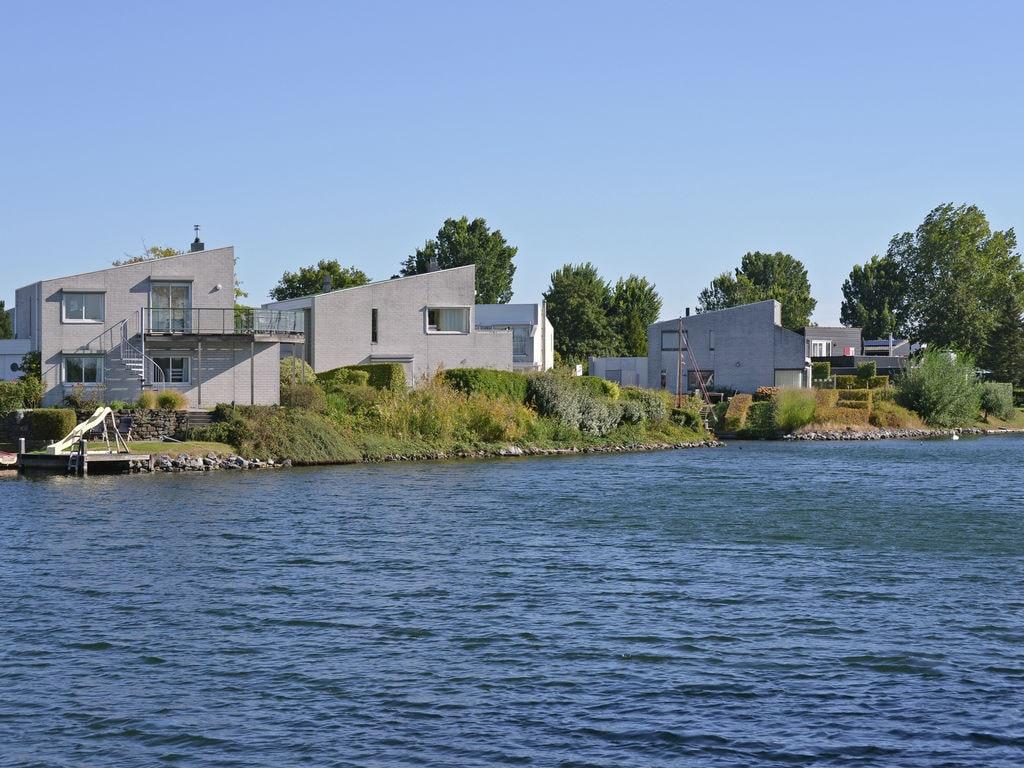 Ferienhaus Freistehende Wasser-Villa in Kortgene am Meer (2415813), Kortgene, , Seeland, Niederlande, Bild 3