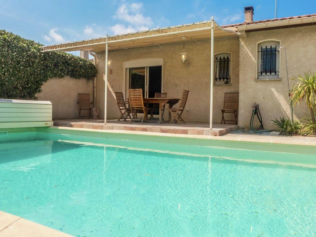 Ferienhaus Fantastisches Ferienhaus mit Swimmingpool in Narbonne (2320456), Narbonne, Mittelmeerküste Aude, Languedoc-Roussillon, Frankreich, Bild 2