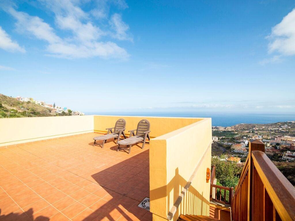 Holiday house Luxuriöses Ferienhaus auf den Kanarischen Inseln mit Garten (2373008), Icod de los Vinos, Tenerife, Canary Islands, Spain, picture 19