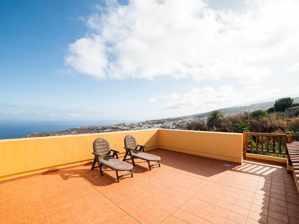 Holiday house Luxuriöses Ferienhaus auf den Kanarischen Inseln mit Garten (2373008), Icod de los Vinos, Tenerife, Canary Islands, Spain, picture 5
