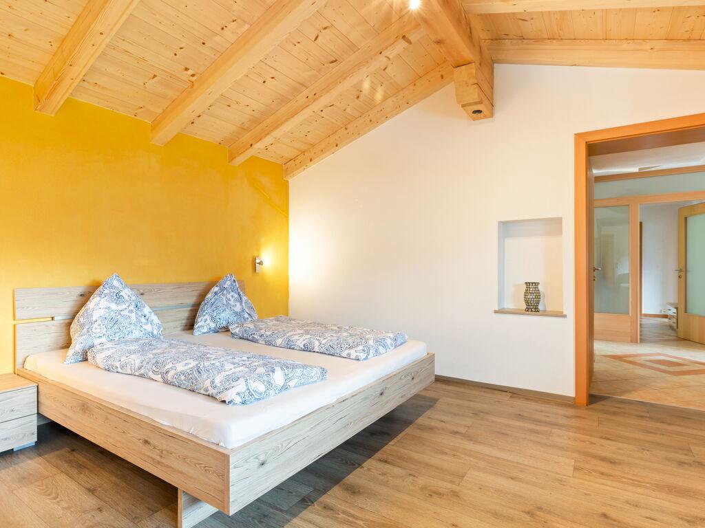 Ferienwohnung Gemütliche Wohnung in Hollersbach im Pinzgau in Seenähe (2320399), Hollersbach im Pinzgau, Pinzgau, Salzburg, Österreich, Bild 2