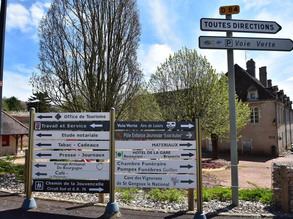 Ferienhaus Gemütliches Ferienhaus in Burgund mit Garten (2410174), Saint Gengoux le National, Saône-et-Loire, Burgund, Frankreich, Bild 32