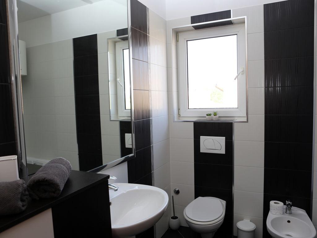 Ferienhaus Moderne Villa mit Swimmingpool in Loborika (2330592), Marcana, , Istrien, Kroatien, Bild 26