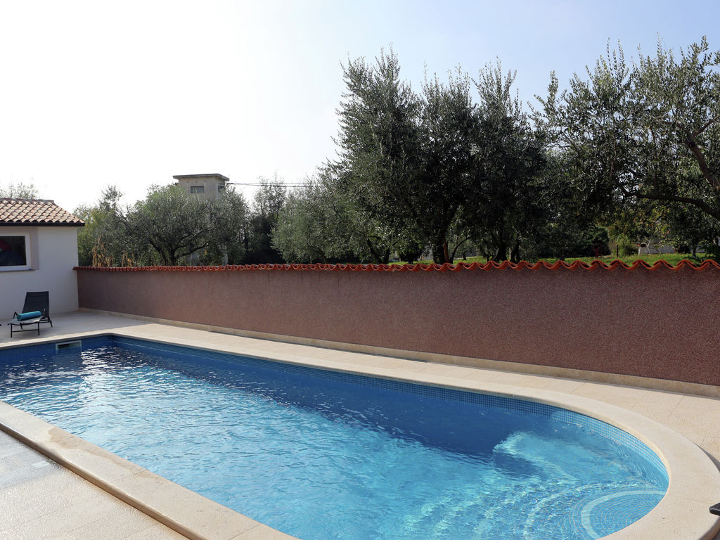 Ferienhaus Moderne Villa mit Swimmingpool in Loborika (2330592), Marcana, , Istrien, Kroatien, Bild 6