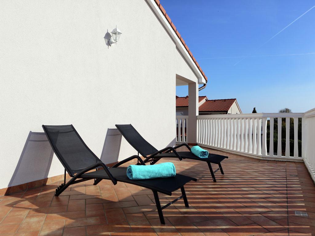 Ferienhaus Moderne Villa mit Swimmingpool in Loborika (2330592), Marcana, , Istrien, Kroatien, Bild 34