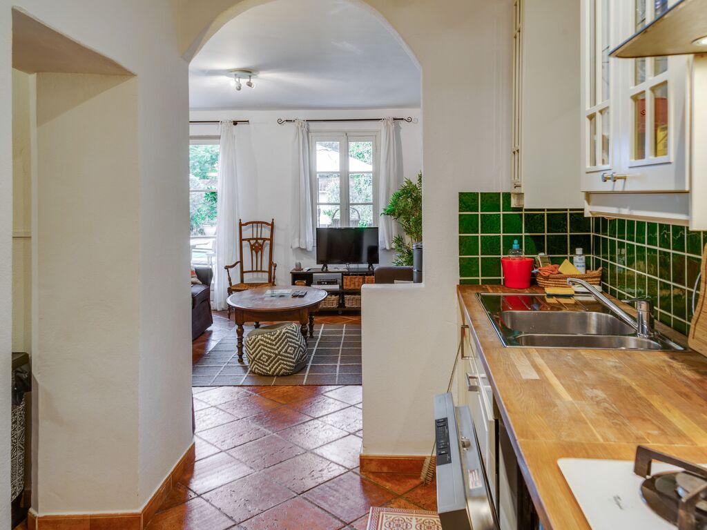 Holiday house Ruhiges Ferienhaus in Carpentras mit privatem Swimmingpool (2362559), Carpentras, Vaucluse, Provence - Alps - Côte d'Azur, France, picture 16