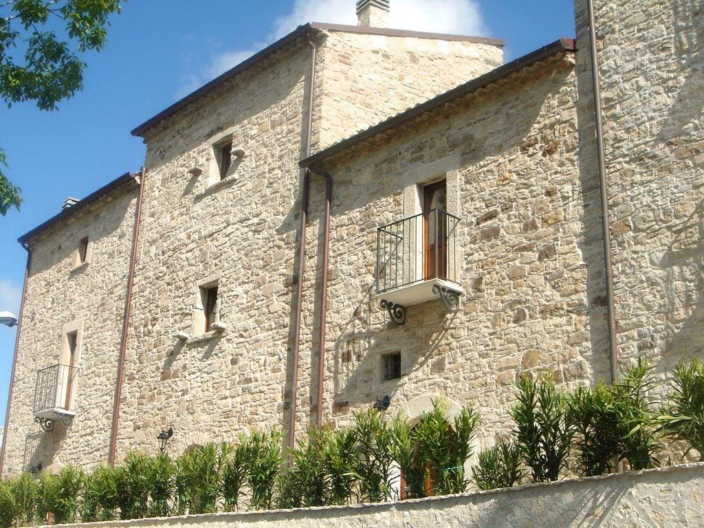 Ferienhaus Haus mit Schwimmbad, Garten und Internet Verbindung im mittelalterlichen Dorf mit Panorama (2356553), Campolieto, Campobasso, Molise, Italien, Bild 7