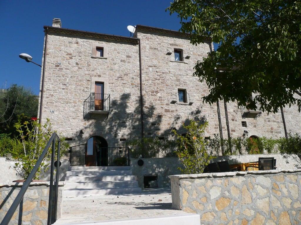 Ferienhaus Haus mit Schwimmbad, Garten und Internet Verbindung im mittelalterlichen Dorf mit Panorama (2356553), Campolieto, Campobasso, Molise, Italien, Bild 8