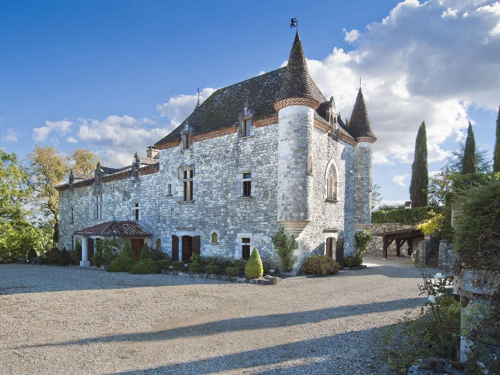 Authentisches Schloss in der Nähe von Agen mi Besondere Immobilie