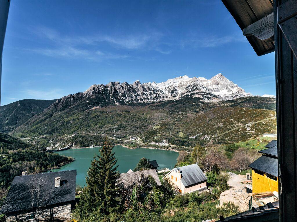 Ferienhaus Gemütliches Ferienhaus in der Nähe vom Skibus in Aragon (2393801), Hoz de Jaca, Huesca, Aragonien, Spanien, Bild 4