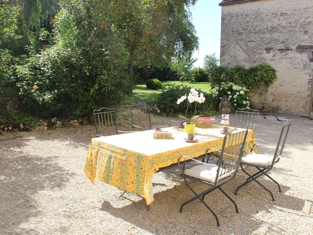 Ferienhaus Komfortables Ferienhaus mit eingezäuntem Garten in Bouix (2364791), Laignes, Côte d'Or, Burgund, Frankreich, Bild 17