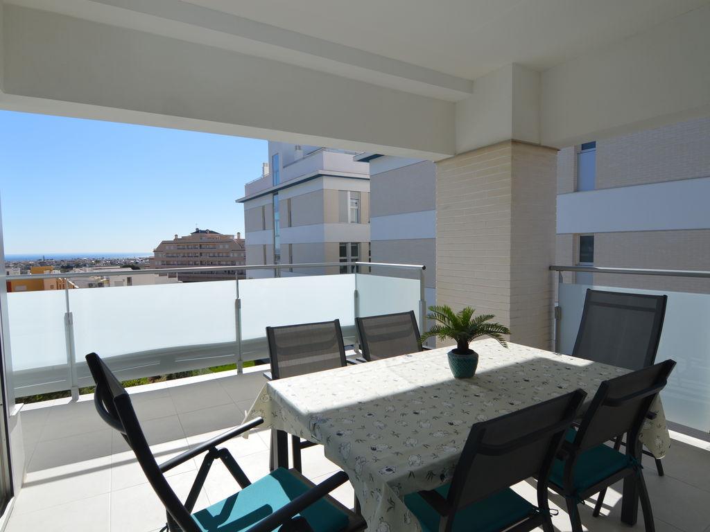 Moderne Ferienwohnung mit Swimmingpool am Meer in  Ferienwohnung in Spanien