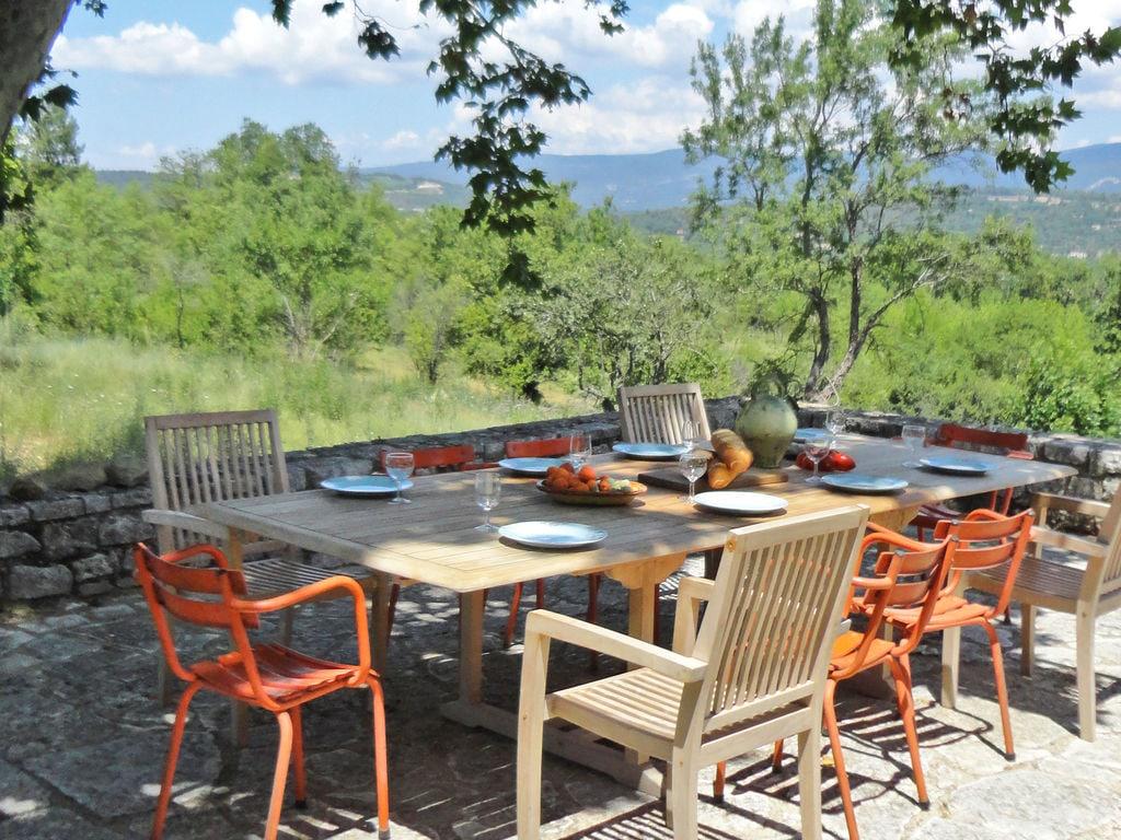 Ferienhaus Gehobene Villa in der Provence mit Terrasse und Garten (2419929), Apt, Vaucluse, Provence - Alpen - Côte d'Azur, Frankreich, Bild 32