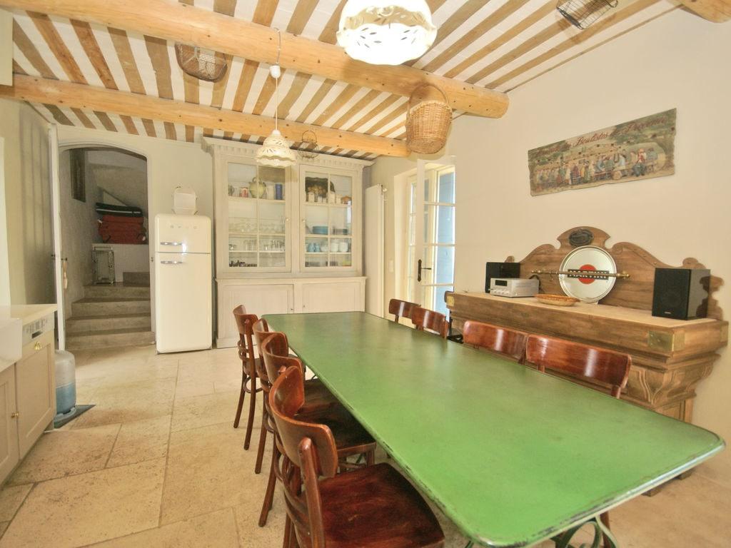 Ferienhaus Gehobene Villa in der Provence mit Terrasse und Garten (2419929), Apt, Vaucluse, Provence - Alpen - Côte d'Azur, Frankreich, Bild 11