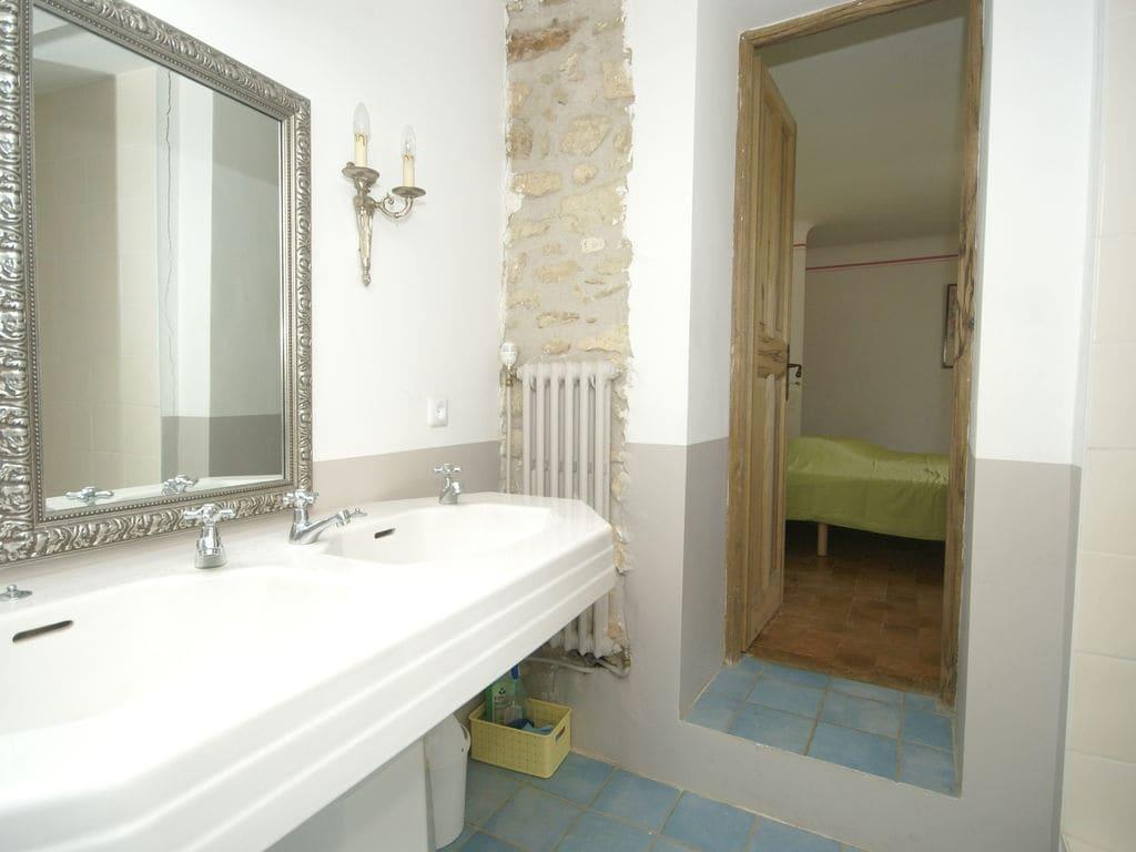 Ferienhaus Gehobene Villa in der Provence mit Terrasse und Garten (2419929), Apt, Vaucluse, Provence - Alpen - Côte d'Azur, Frankreich, Bild 25