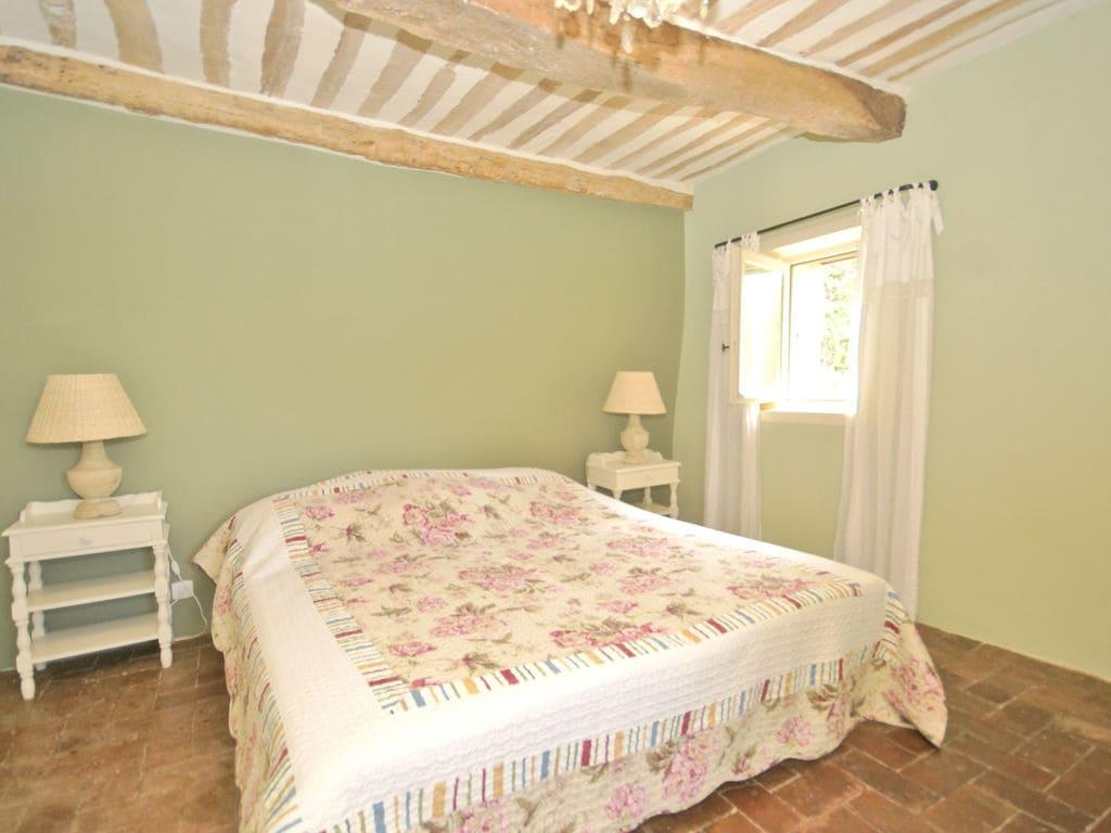 Ferienhaus Gehobene Villa in der Provence mit Terrasse und Garten (2419929), Apt, Vaucluse, Provence - Alpen - Côte d'Azur, Frankreich, Bild 20