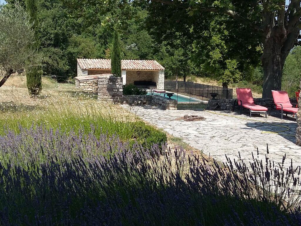 Ferienhaus Gehobene Villa in der Provence mit Terrasse und Garten (2419929), Apt, Vaucluse, Provence - Alpen - Côte d'Azur, Frankreich, Bild 3