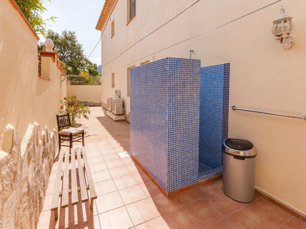 Ferienhaus Moderne Villa in Roses mit privatem Pool (2432165), El Mas Fumats, Costa Brava, Katalonien, Spanien, Bild 36