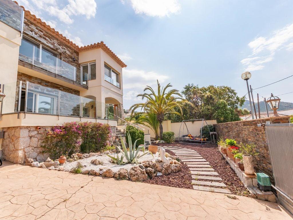 Ferienhaus Moderne Villa in Roses mit privatem Pool (2432165), El Mas Fumats, Costa Brava, Katalonien, Spanien, Bild 37