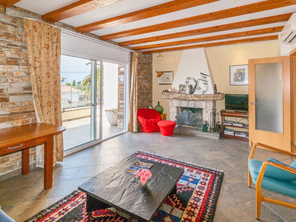 Ferienhaus Moderne Villa in Roses mit privatem Pool (2432165), El Mas Fumats, Costa Brava, Katalonien, Spanien, Bild 9