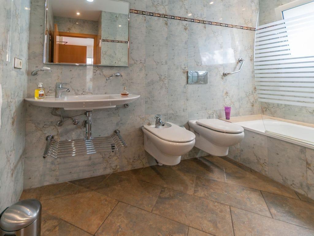 Ferienhaus Moderne Villa in Roses mit privatem Pool (2432165), El Mas Fumats, Costa Brava, Katalonien, Spanien, Bild 29