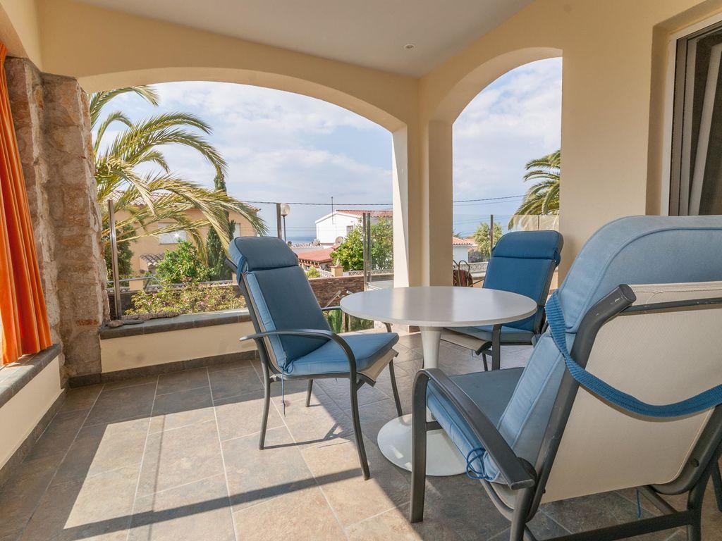 Ferienhaus Moderne Villa in Roses mit privatem Pool (2432165), El Mas Fumats, Costa Brava, Katalonien, Spanien, Bild 35