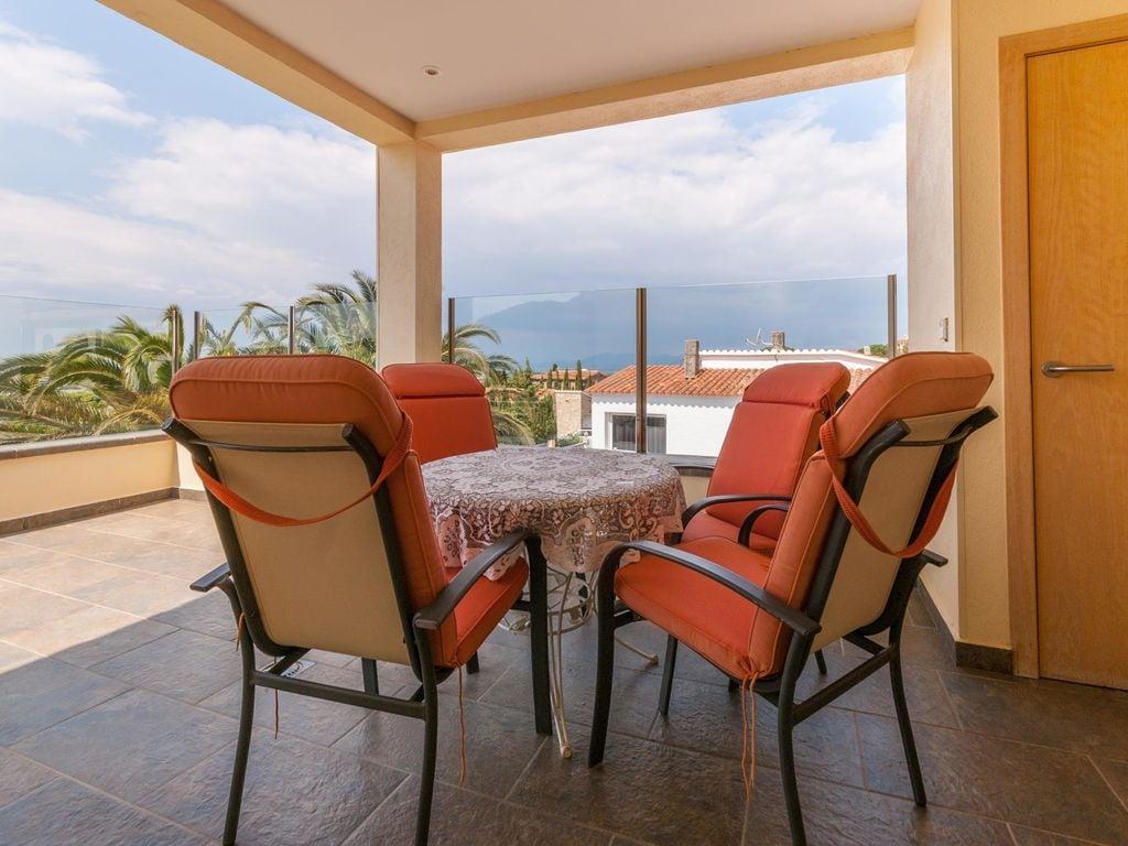 Ferienhaus Moderne Villa in Roses mit privatem Pool (2432165), El Mas Fumats, Costa Brava, Katalonien, Spanien, Bild 6
