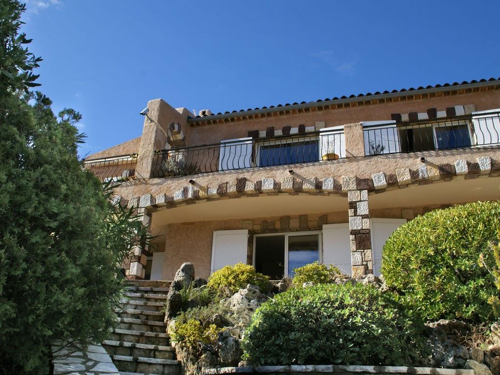 Ferienhaus Atemberaubende Villa mit Pool in Les Issambres (2410169), Les Issambres, Côte d'Azur, Provence - Alpen - Côte d'Azur, Frankreich, Bild 7