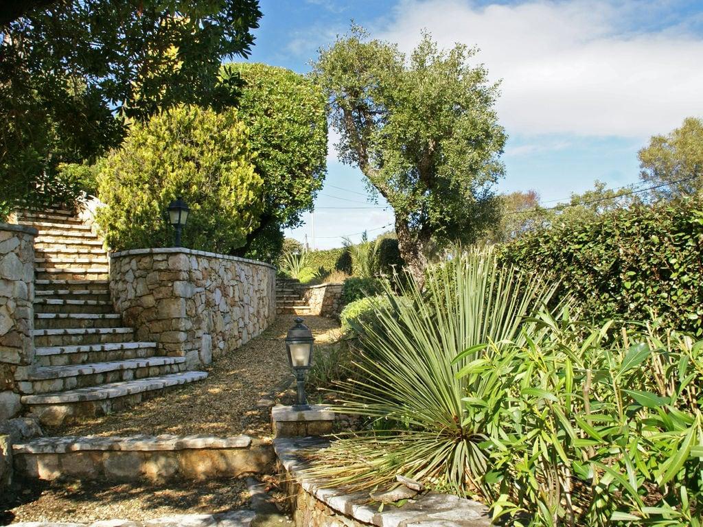 Ferienhaus Atemberaubende Villa mit Pool in Les Issambres (2410169), Les Issambres, Côte d'Azur, Provence - Alpen - Côte d'Azur, Frankreich, Bild 31