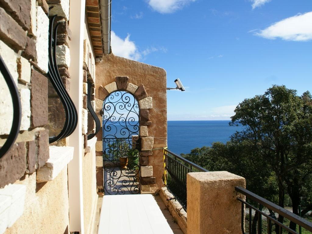Ferienhaus Atemberaubende Villa mit Pool in Les Issambres (2410169), Les Issambres, Côte d'Azur, Provence - Alpen - Côte d'Azur, Frankreich, Bild 38