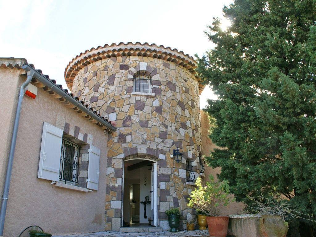 Ferienhaus Atemberaubende Villa mit Pool in Les Issambres (2410169), Les Issambres, Côte d'Azur, Provence - Alpen - Côte d'Azur, Frankreich, Bild 8