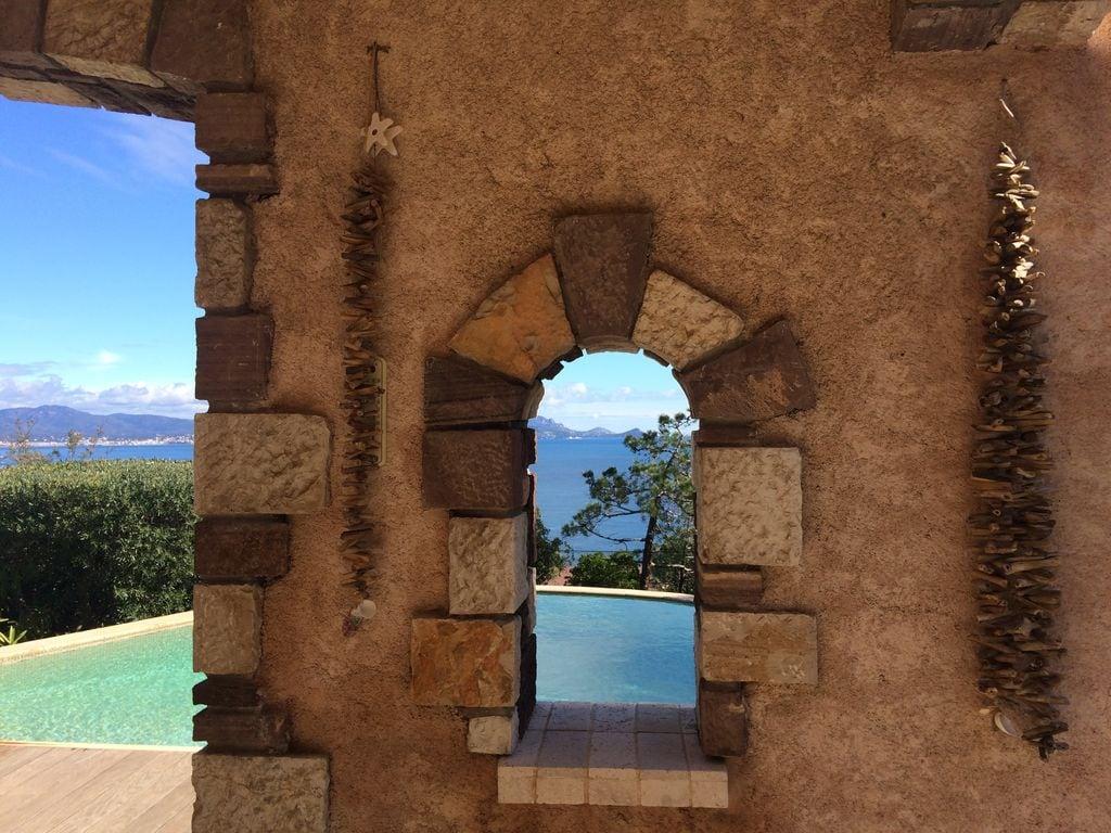 Ferienhaus Atemberaubende Villa mit Pool in Les Issambres (2410169), Les Issambres, Côte d'Azur, Provence - Alpen - Côte d'Azur, Frankreich, Bild 39