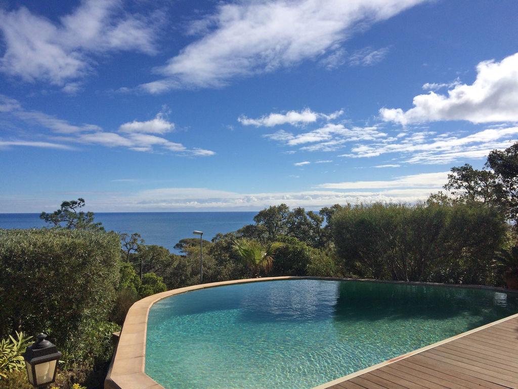 Ferienhaus Atemberaubende Villa mit Pool in Les Issambres (2410169), Les Issambres, Côte d'Azur, Provence - Alpen - Côte d'Azur, Frankreich, Bild 9