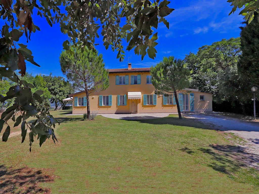 Ferienhaus Villa Castagni (2420725), Pesaro, Pesaro und Urbino, Marken, Italien, Bild 6