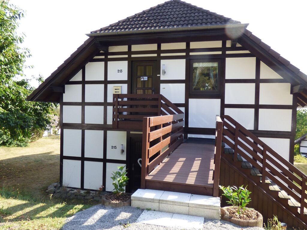 Ferienwohnung Modernes Apartment in Hessen am Waldrand (2413432), Frankenau, Waldecker Land, Hessen, Deutschland, Bild 2