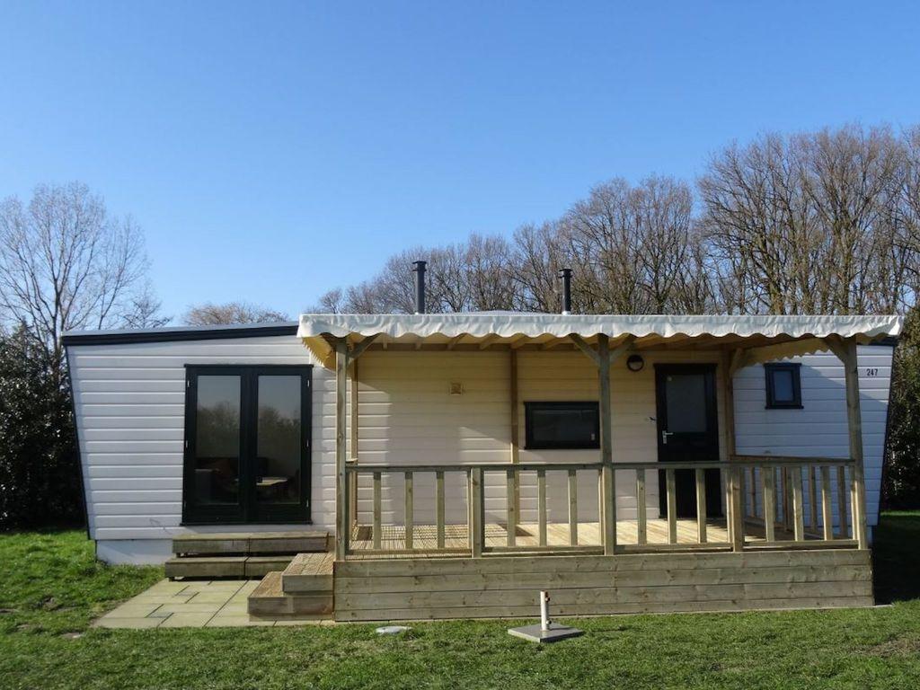 Recreatiepark Duinhoeve 5 Ferienhaus in den Niederlande
