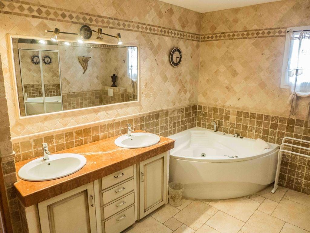 Ferienhaus Prachtvolle Villa mit Swimmingpool in Sallèles-d'Aude (2424315), Cuxac d'Aude, Mittelmeerküste Aude, Languedoc-Roussillon, Frankreich, Bild 14