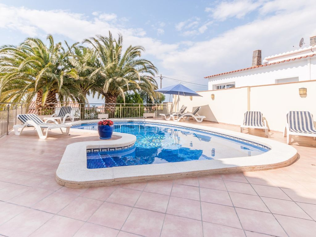 Ferienhaus Gemütliche Villa in Roses mit eigenem Pool (2432164), El Mas Fumats, Costa Brava, Katalonien, Spanien, Bild 4