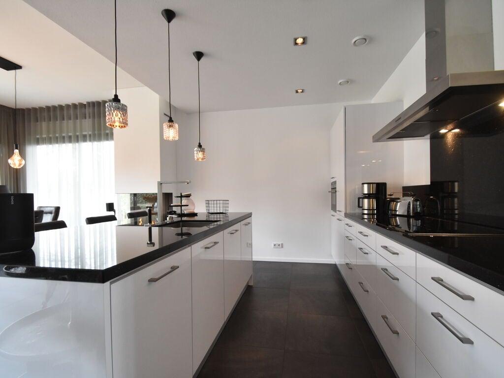 Ferienhaus Moderne Villa in Harderwijk mit Sauna und Whirlpool (2438369), Zeewolde, , Flevoland, Niederlande, Bild 12