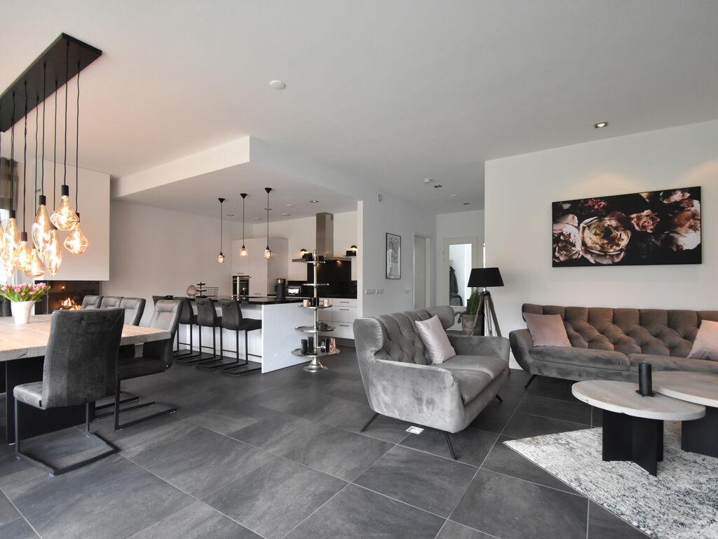 Ferienhaus Moderne Villa in Harderwijk mit Sauna und Whirlpool (2438369), Zeewolde, , Flevoland, Niederlande, Bild 4